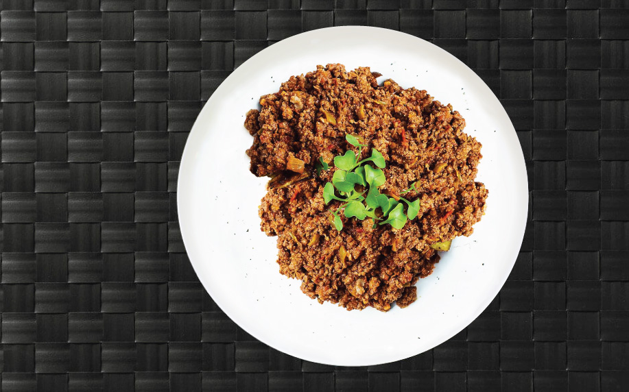 Ground turkey on a plate